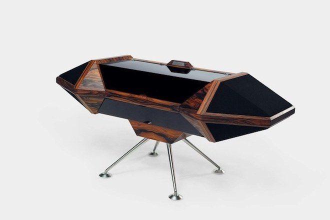 Thomas Bangalter do Daft Punk fotografa coleção de mobília francesa
