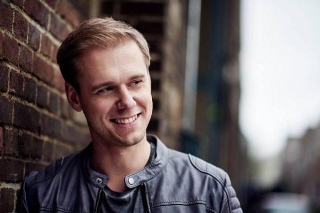Assista Armin Van Buuren ao vivo no Mixmag Lab NYC