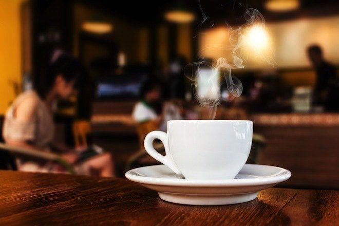Jovens Ingleses Preferem Tomar Um Espresso Que Ir A Nightclubs, Diz Estudo