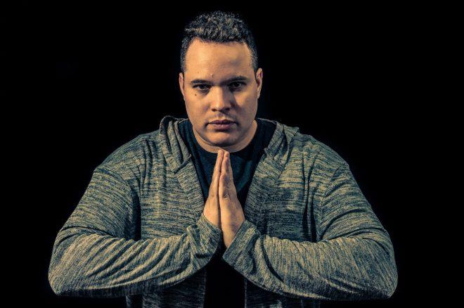 Cortez invade a Oceania com lançamento por gravadora Australiana