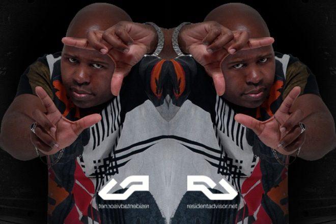 DJ Paul Ross promove radio show na Ibiza Live Radio