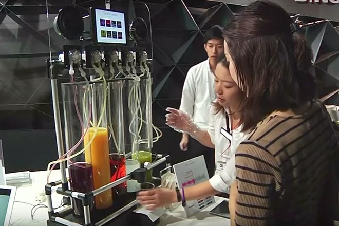 Criaram uma máquina que transforma música em suco