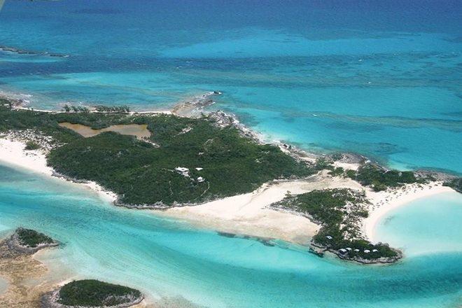 Ilha privativa que ficou famosa pela promoção do Fyre Festival está à venda