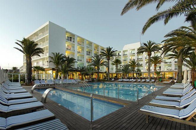 Alta queda no turismo de Ibiza neste verão força hotéis a reduzir preços
