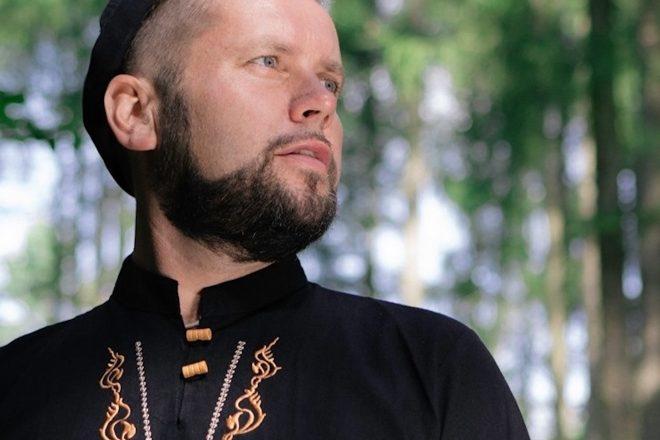 MOLLONO.BASS lança remixes do album 'Woods, Tales & Friends' pela 3000 Grad Records