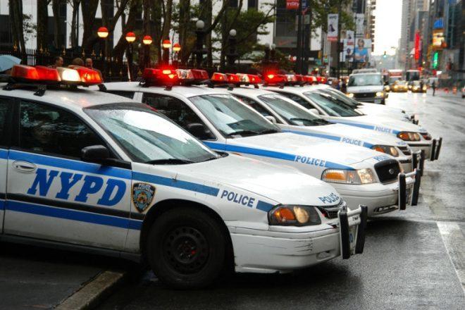 Polícia de Nova York é proibida de invadir festas sem mandado