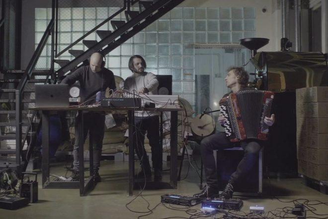 Pneumatic, duo da Bielorrússia une música eletrônica com elementos etnicos em debut EP