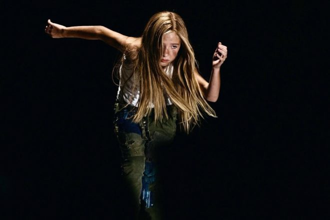 Essa menina de 10 anos detona dançando Nicki Minaj