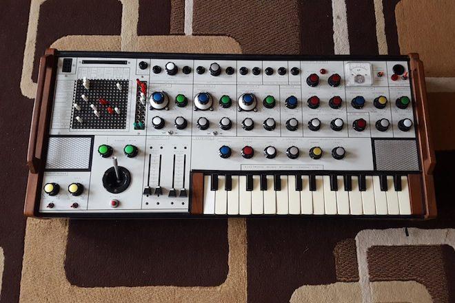 Um dos sintetizadores mais raros do mundo foi descoberto