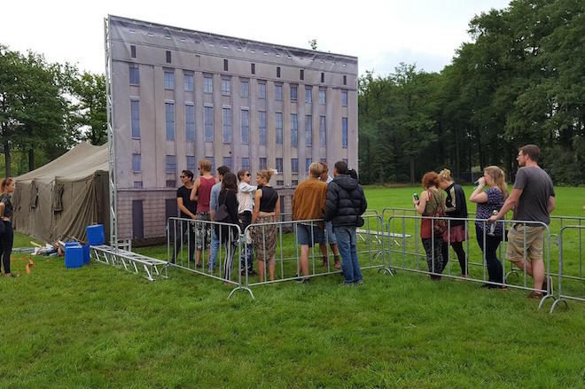 Festival Cria Mini Berghain Só Para Barrar A Galera Na Porta