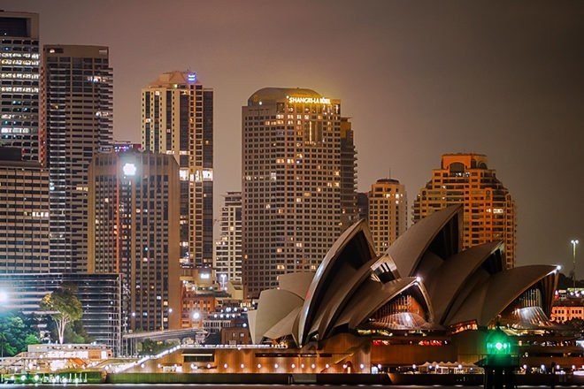 Restrições da nightlife em Sydney deslocam a violência para outras regiões