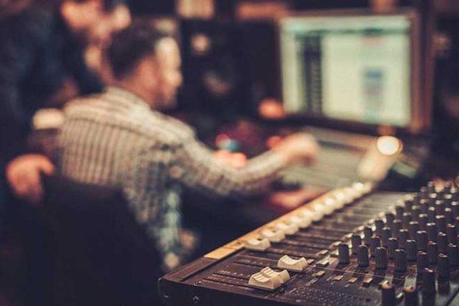 Você é um novo talento da música eletrônica lançando o primeiro grande release?