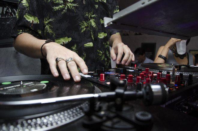 Professor universitário diz que techno pode revolucionar educação tradicional
