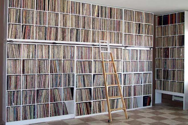 Vendas de música física superam downloads nos EUA pela primeira vez desde 2011