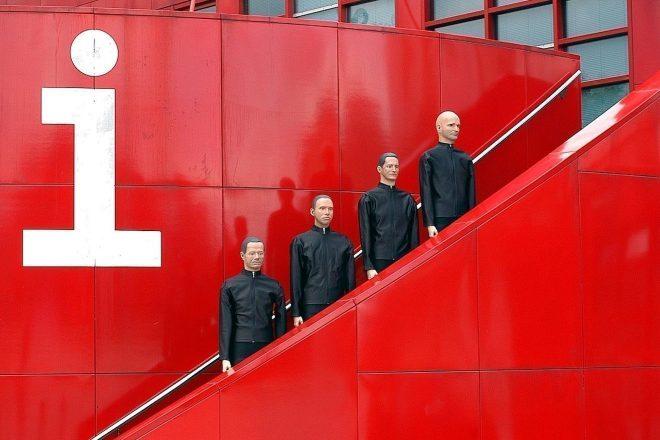 Kraftwerk: os 10 maiores clássicos (video playlist)