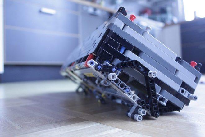 Veja esses cases de sintetizadores feitos de LEGO