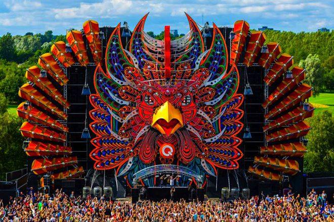 10 palcos de festivais de música eletrônica absurdamente pirantes