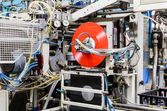 Como os discos de vinil são feitos? Veja imagens!