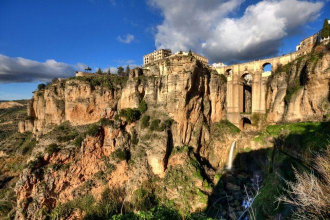 Esse mosteiro do século XII vai virar point de um festival na Espanha